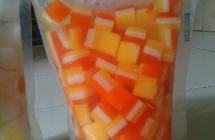 jelly motif buble merah